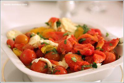 salaty_iz_svezhih_bolgarskih_percev_foto