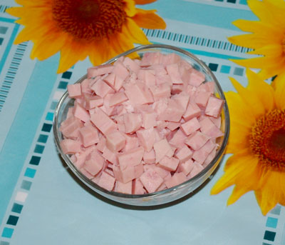 салат дамский каприз с ветчиной и сыром