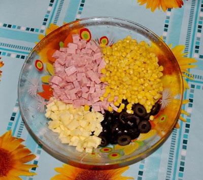 Салат дамский каприз с ветчиной рецепт с фото