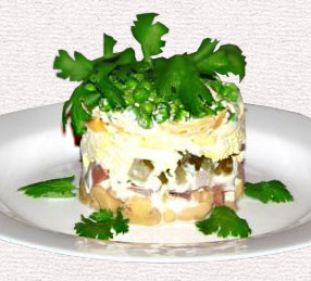 рецепт салата с языком слоеного