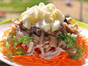 serdechki-i-pechen-recepty-s-korejskoj-morkovyu