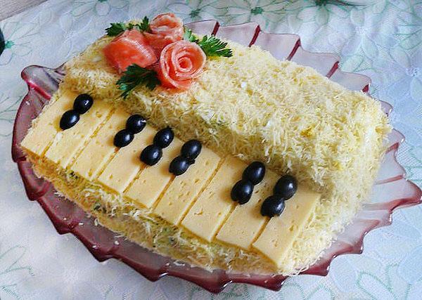 Салат новогодний Белый рояль