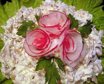 салат из свиного языка с белой фасолью