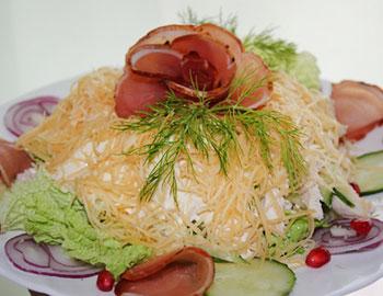 салат оригинальный из курицы