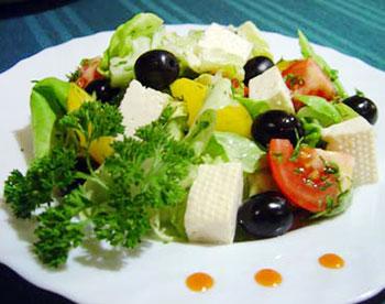 салат для похудения с рукколой