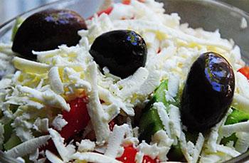салат болгарский с брынзой