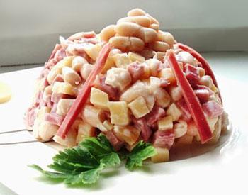 салат итальянский с салями