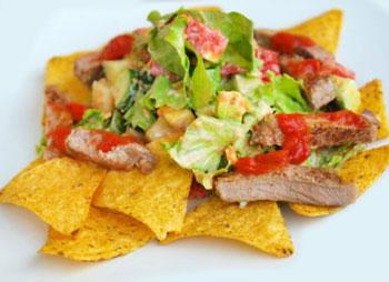 салат тако с чипсами