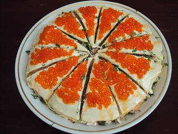 салат-торт с блинчиками из морепродуктов Антикризис