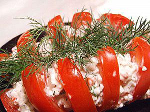 салат овощной с крабами