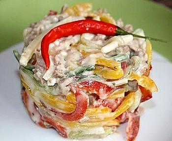 салат из ветчины с болгарским перцем, легкий весенний салат