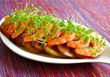 salat_is_krevetok_s_pomidorom