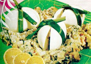 салат пасхальный из селедки и яиц