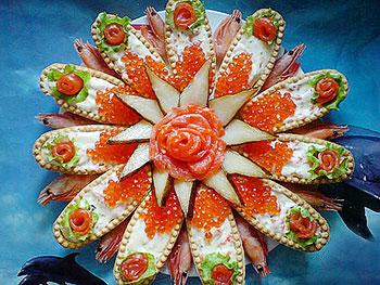 закуска к пасхе - тарталетки с сырным кремом и лососем