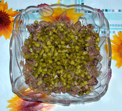 салат с печенью и морковью, вкусный многослойный салат, пошаговый рецепт