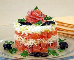 салат слоеный из семги, праздничный салат