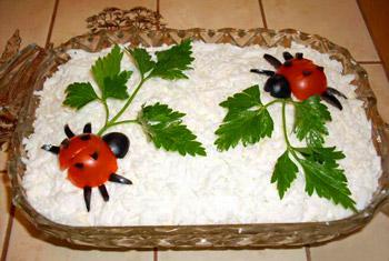 салат из печени трески, украшение салата