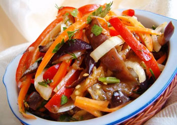 салат из баклажан и сладкого перца по турецки