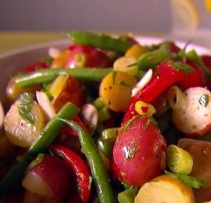 салат август из фасоли и овощей