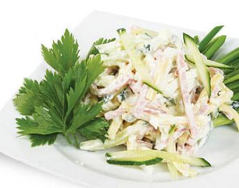 салат из куицы с редькой и огурцом