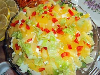 салат из ананаса с ветчиной