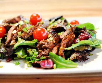 салат мясной с имбирем
