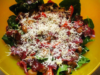салат из каштанов с бастурмой и сыром по турецки