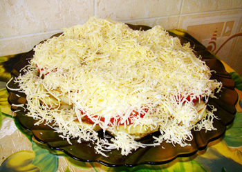 еврейский салат, кабачки, сыр, помидоры, майонез
