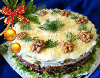 салат вечер в декабре, куриная печень, свекла, слоеный салат, праздничный рецепт салата