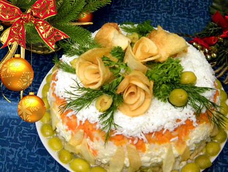 салат праздничный с розами
