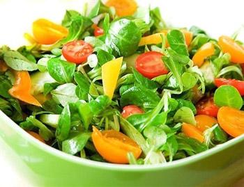 салат овощной разгрузочный свежий