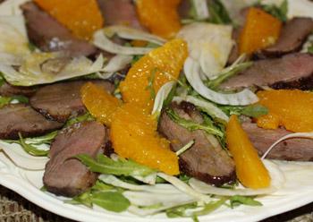 салат из утки, апельсина и фенхеля