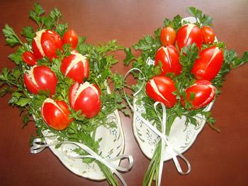 салат букет тюльпанов к празднику к 1 мая