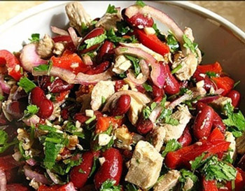 салат из мяса с фасолью