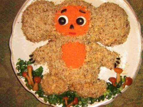 салат детский из курицы Чебурашка