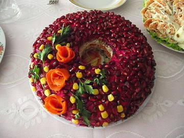 гранатовый браслет, праздничный красивый салат