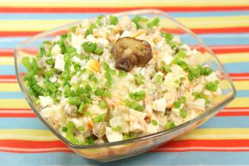 салат грибной сытный зимний