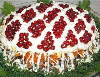 салат сказка новогодний