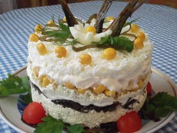 салат со шпротами и морской капустой