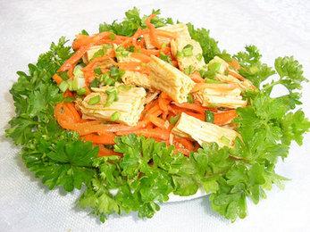 салат из спаржи с морковью вегетарианский