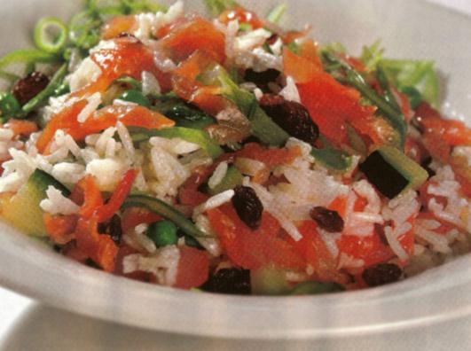 салат из риса и овощей по испански