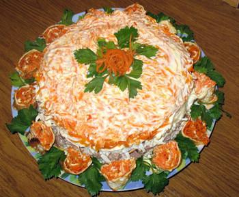 салат мясной зимний слоеный