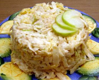 салат из сельдерея, сыра и яблок