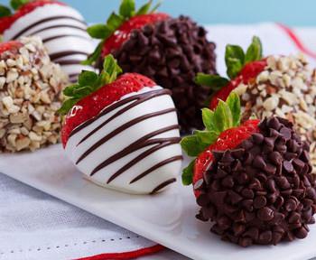 конфеты своими руками, фруктовый десерт, шоколад и фрукты