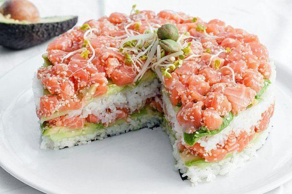 торт суши, лосось