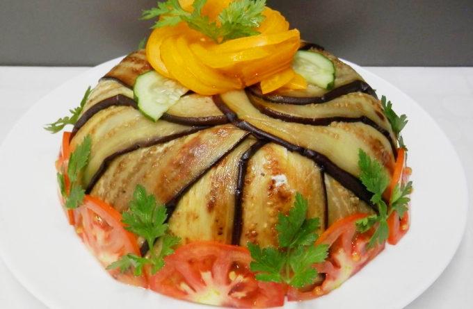 торт из баклажанных блинчиков