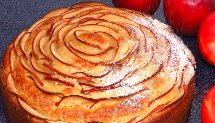 праздничный новогодний пирог