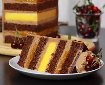 торт осенний полосатый