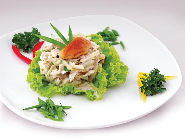 Салат из куринных грудок и шампиньонов