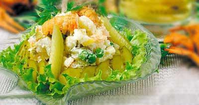 Салат из раков с овощами и яблоками